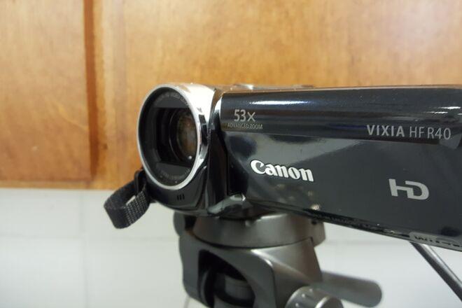 Canon Vixia HFR40