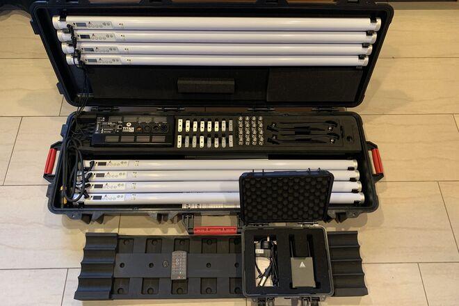 Astera Titan (v2.0 - AX1 Pixeltube) 8-Tube Kit w/ DMX Tablet