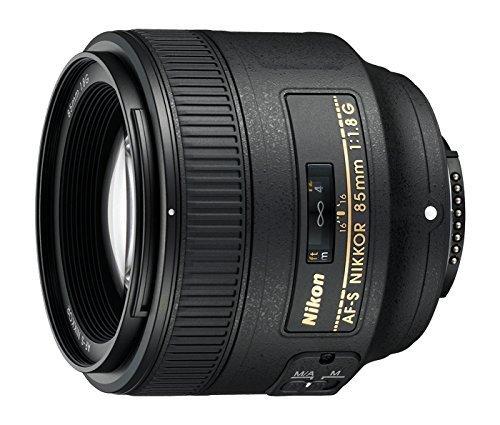 Nikon AF FX NIkkor 85mm f//1.8 Lens