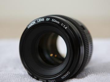 Rent: 50mm f/1.4