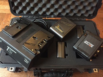 Rent: Anton Bauer Dionic HC / Cine 150 / Charger Kit