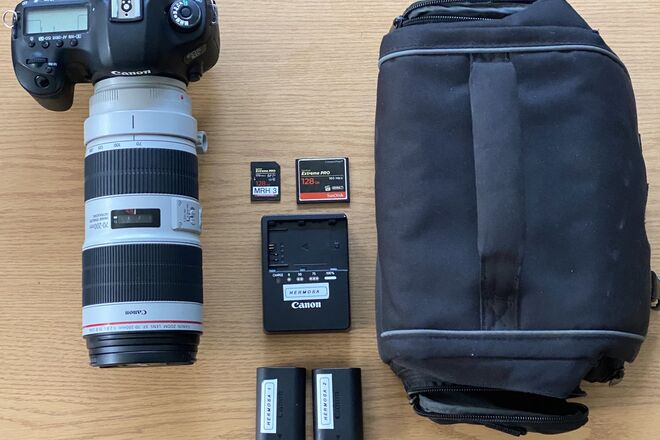 5D mark iii + 70-200mm 2.8/iii + 128gb cards & case
