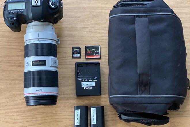 5D mark iii + 70-200mm 2.8/iii + 128gb cards & case