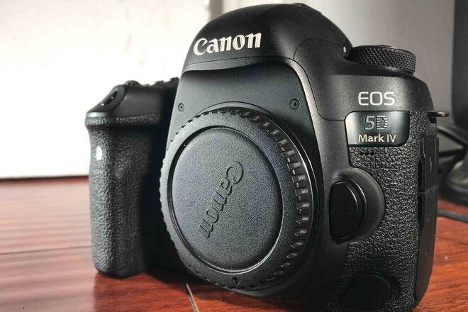 Canon EOS 5D Mark IV with C-Log