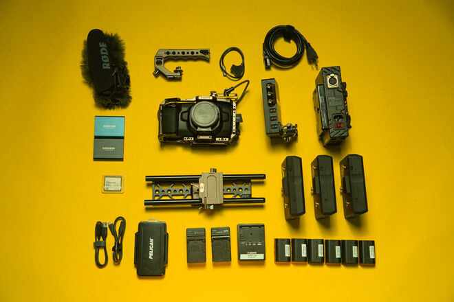 Blackmagic Pocket 4K EF Fundamentals Kit