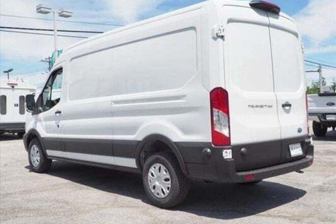 2019 Ford Transit 250 HiTop Cargo / Camera / Grip Van