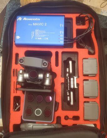 DJI Mavic 2 zoom/4 batterys/Tiffen Filters/MC-CASES Backpack
