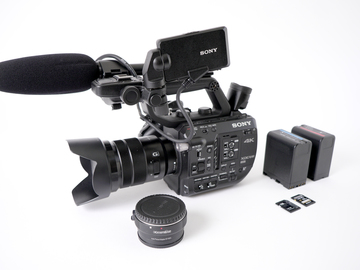 Rent: SONY FS5 - With 18-105 f/4
