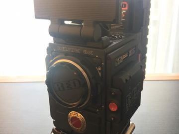 Rent: RED Epic-W with HELIUM 8K S35 Sensor