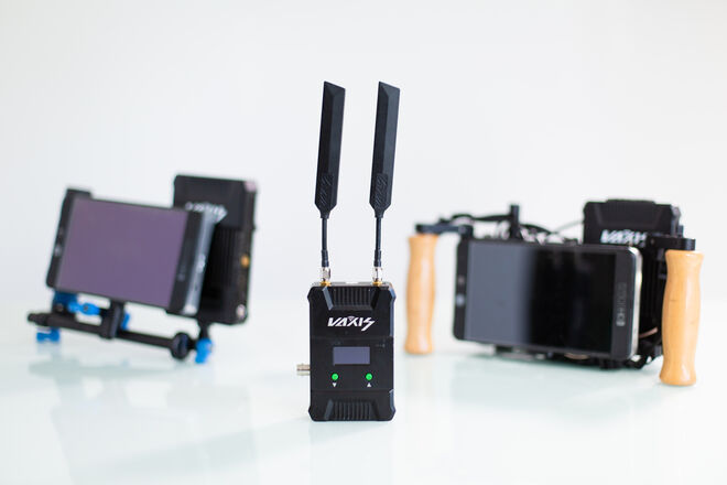Vaxis Wireless Video 1:2 - Director and AC Monitor kit