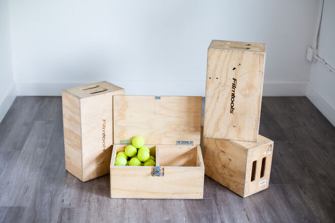 4 Apple Boxes