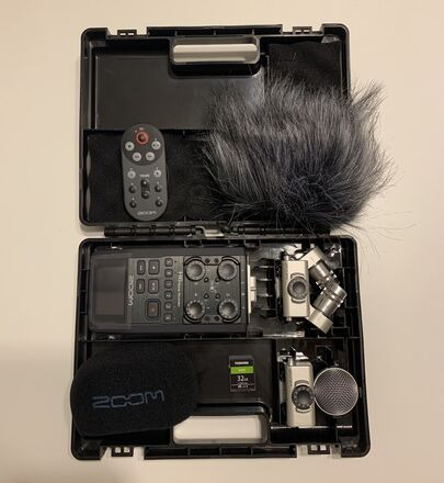 Zoom H6 Handy Recorder and interchangeable mics