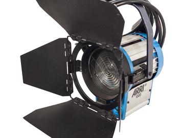 Rent: ARRI 1K Tungsten Fresnel Light