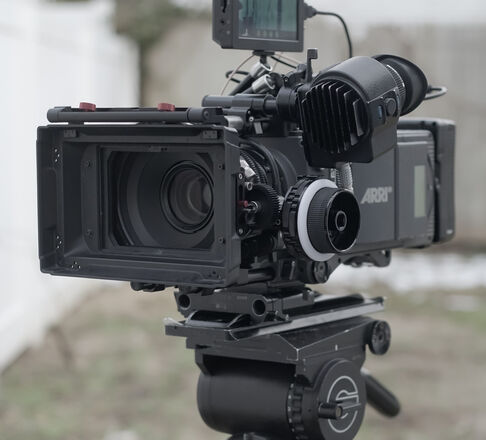 Alexa XT PLUS 4:3 w/High Speed & Anamorphic & DIT Package