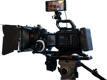 Rent: BlackMagic Ursa Mini 4.6K PL mount Deluxe Package