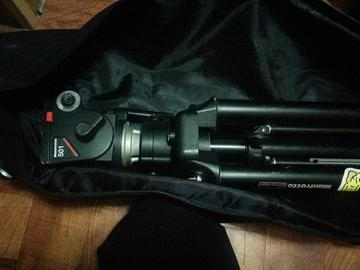 Rent: MANFROTTO 475B LEGS + 501 HEAD