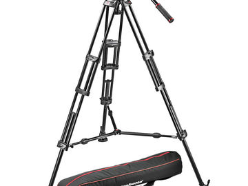 Manfrotto Fluid Head Tripod