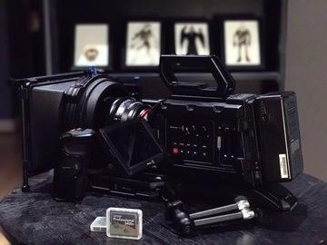Rent: Blackmagic URSA Mini 4.6K EF | Shoulder | Cards | Shotgun