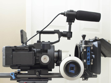Rent: FS700 Kit