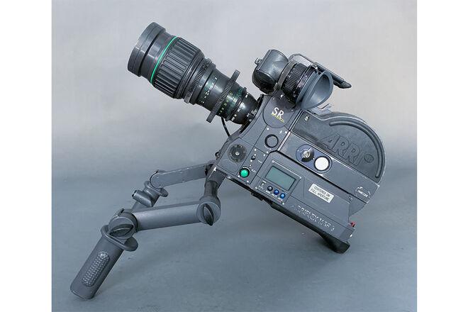 ARRI SR3 Super 16mm film camera package (run-n-gun)