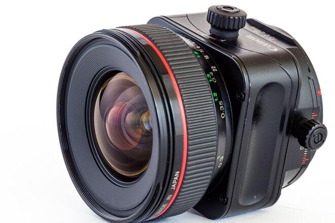 Canon TS-E 24mm f/3.5 L Tilt-Shift w/80mm front ring