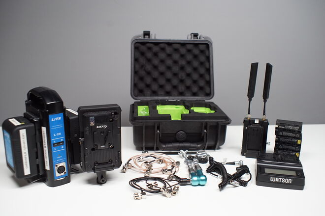 Vaxis Storm Wireless Transmitter, Receiver and Batteries