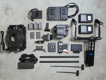 Rent: RED Scarlet-W // FULL PACKAGE