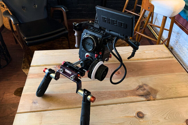 RED Gemini 5K S35 Cinema Package with 6 lens set
