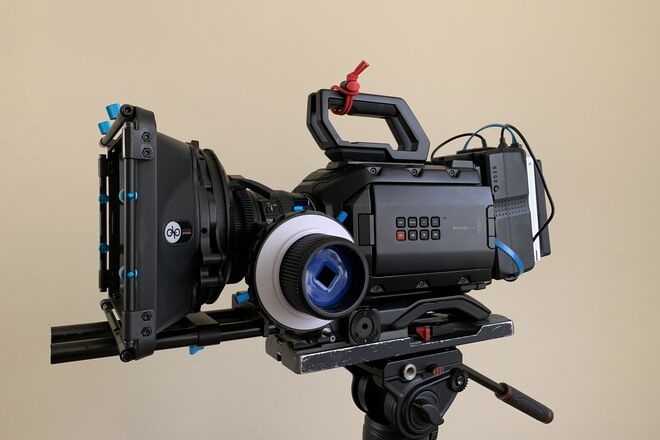 Blackmagic URSA Mini 4.6K including Lens