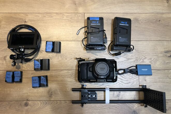 BMPCC 4K - w/ EF adapter, cage, monitor, SSD, batteries