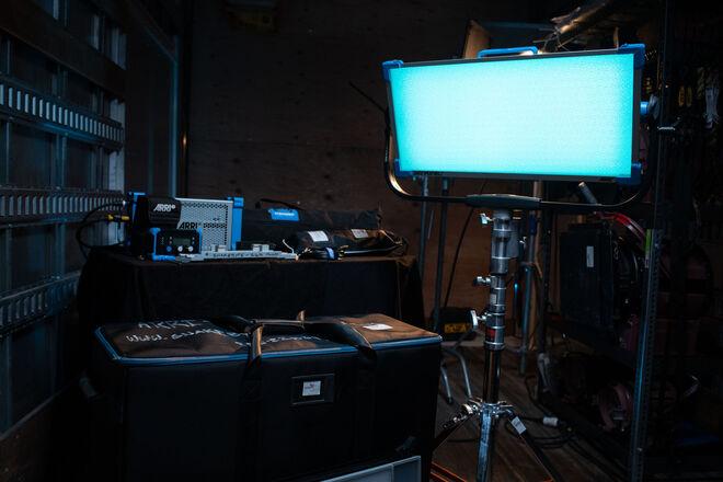 ARRI SkyPanel S60-C LED - remote - modifiers Package