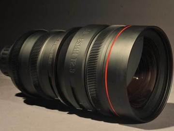 Rent: Red Pro Zoom Lens 18-85mm