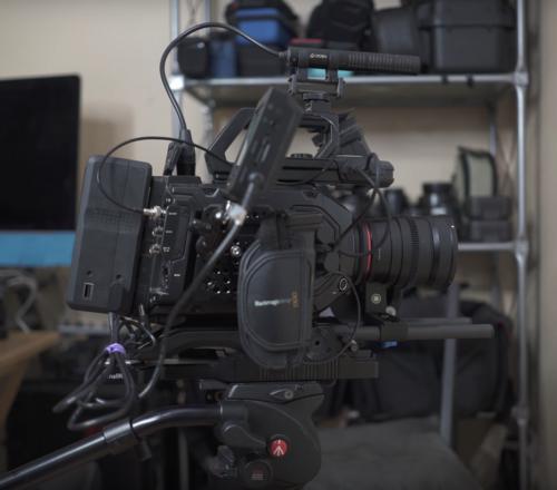 Blackmagic URSA Mini Pro G1 Kit w/ Lens/Monitor/EVF/CFast