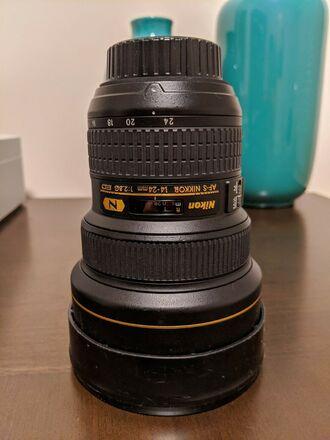 Nikon 14-24 f2.8 FX format lens