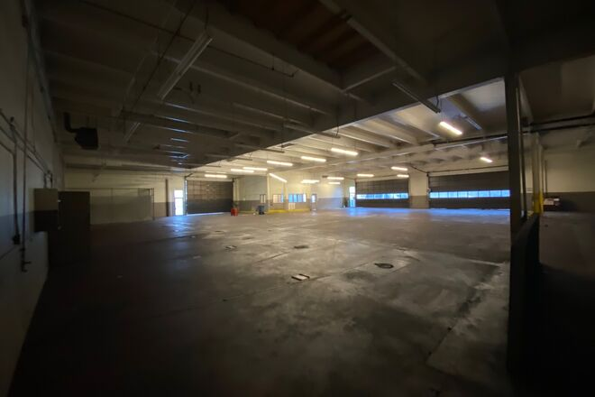 Large Downtown Long Beach Open Space Warehouse