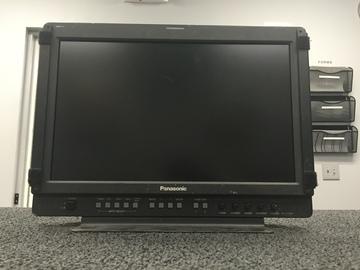 "Rent: Panasonic 17"" LCD BT-LH1700WP Director's Monitor"