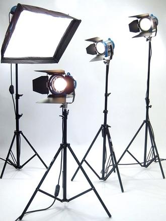 ARRI Tungsten 4 Light KIT 1K Chimera/650Ws/300W & Rent ARRI Tungsten 4 Light KIT: 1K Chimera/650Ws/300W | ShareGrid