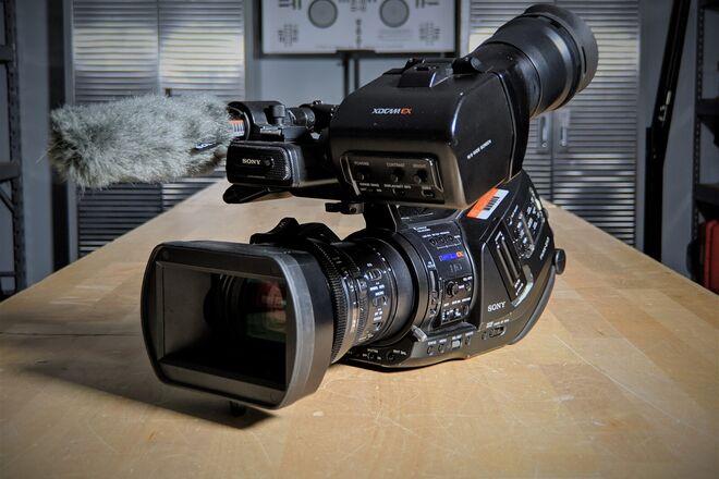 Sony PMW-EX3 XDCAM EX HD Camcorder Kit