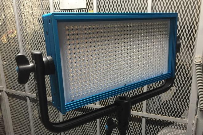 (2) Dracast Bi-Color LED (2) V-Mount Batteries (2) Stands