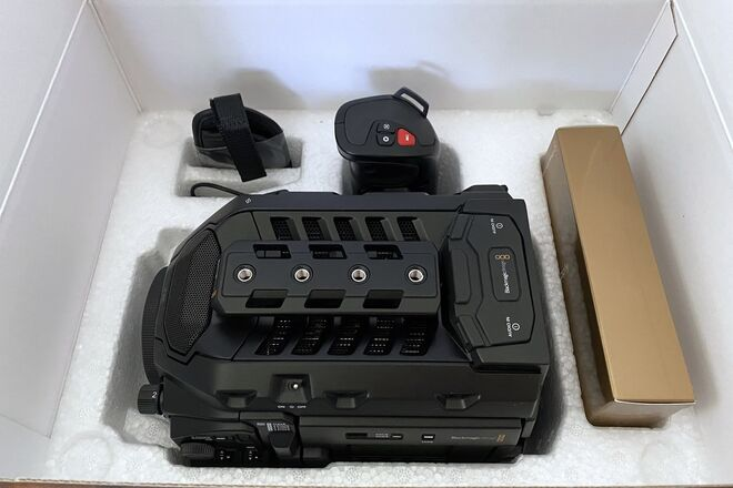 Blackmagic Design URSA Mini Pro 4.6K EF Mount BODY