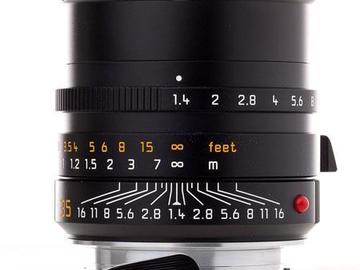 Rent: 35mm Summilux-M f/1.4 Manual Focus (6-Bit Coded)