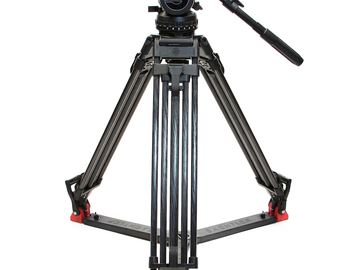 Sachtler Video 20 iii with Carbon Fiber Legs