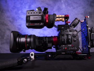 Rent: Canon C300 MK II w/ Handheld Rig and Canon 17-120 Lens