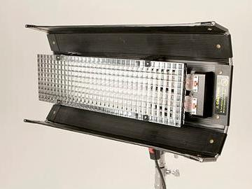 Rent: Kino-Flo Diva-Lite 200 Lighting Kit