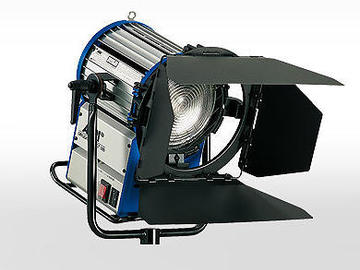 Rent: Arri Compact 1200 Daylight Fresnel