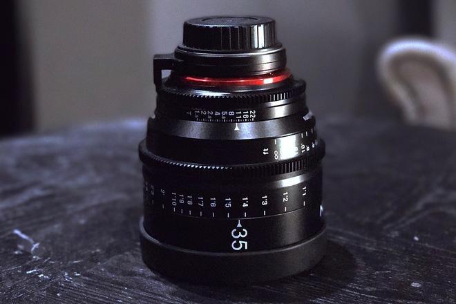 Rokinon Xeen 35mm T1.5 XN35-C Cinema EF Series Lens