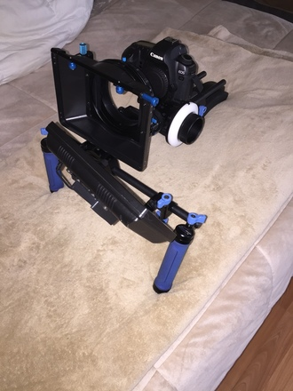 Canon 80D - Bundle ( w/Red Rock Rig & Monitor)