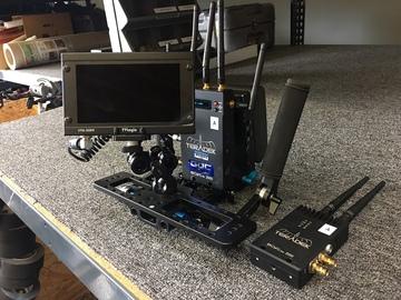 Rent: Teradek Bolt 2000 3G-SDI w/TVLogic 5.5 Handheld Wireless Kit