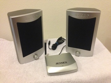 Rent: Jensen Wireless Speaker System