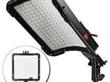Rent: Kamerar BrightCast Lighting Kit - 2 lights